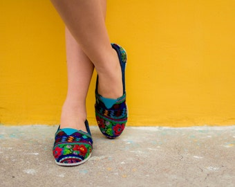 Huipil Shoes, Huipil Slip-Ons, TOMS like flats - Handmade in Guatemala