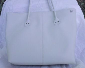 Winter White Tote, 16 x 11 x 4, Winter White Bag, computer bag, Bag, Pocketbook, Winter Whitbag, winter white pocketbook, winter white bag