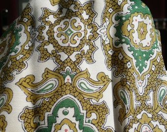 Tootal 1960's Cream and Green Patterned Cravat