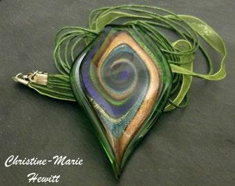 Green Glass Tear Drop Swirl Pendant Necklace