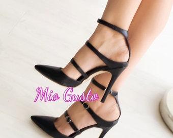 Black Strapped Pumps/Black/ Strapped/ Pumps/Heels/ Shoes/ Women Shoes