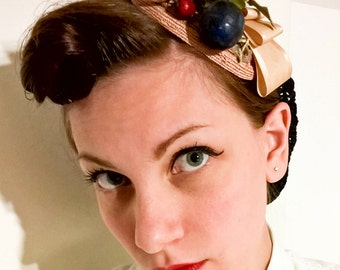 Vintage fascinator made with real old material coming from a 1950 italian millinery