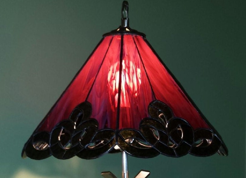 stained glass lamp shade. Black Bedroom Furniture Sets. Home Design Ideas