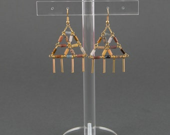 """Gemstone earrings.Earrings with triangular shape with tubic beads.Earrings with various precious stone.""""Origami"""" earrings/Boucles d'oreille"""