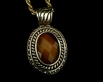 Amber Faceted Stone Pendant Necklace                VG2064