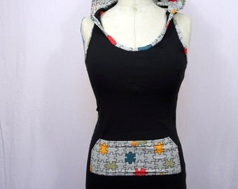 Puzzle pattern hooded halter top