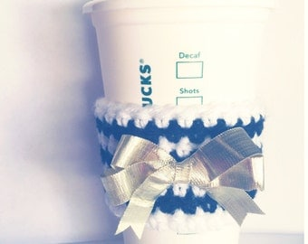 Gold Bow on Black and White // Coffee Cozy