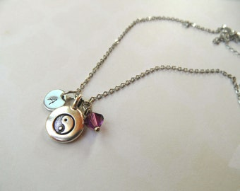 Personalized yin yang necklace, birth necklace, initial necklace, new mom necklace, new baby necklace, grandma necklace