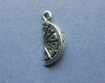 4 Lemon Slice Charms - Lemon Charms - Lemon Pendants - Fruit Charm - Lemon - Food Charm - Antique Silver - 19mm x 8mm  -- (No.126-10653)