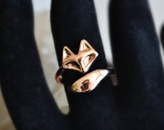 Rose Gold Minimalist Fox Ring