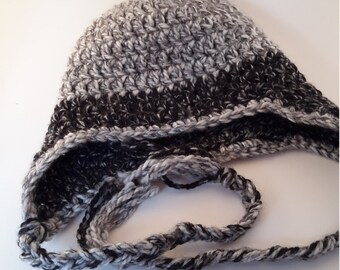 Man crochet hat, winter hat, earflaps with cords, grey and black, soft and chunky hat, warm winter hat