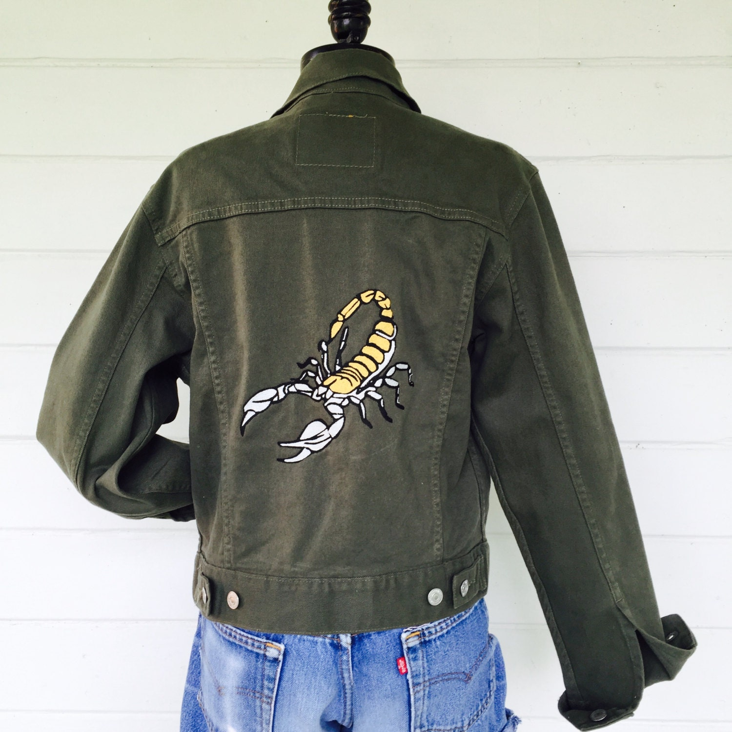 Embroidered levi s scorpion jacket army green