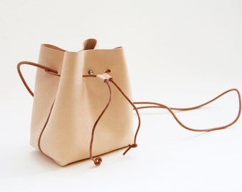 Transient - Vegetable-tanned leather Drawstring Bucket Bag