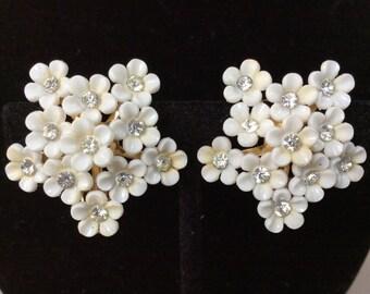 Coro Queen Ann Lace Five Point Clip On Earrings