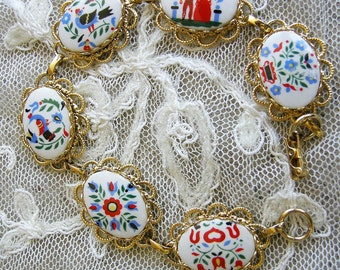 Pennsylvania Dutch Hex Sign Folk Art Goldtone Link Bracelet