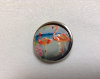 FLAMINGOS!!!! 18mm snap button with 2 FLAMINGOS on the beach...