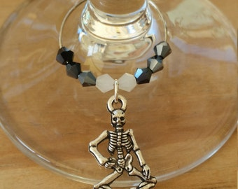 Pack of 2 : Skeleton wine / champagne charm