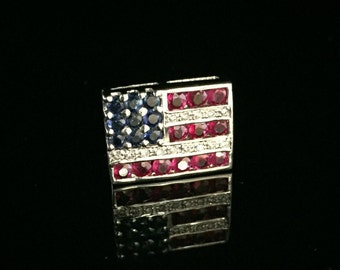 Vintage 18K White Gold American Flag Pin with Diamonds, Rubies and Sapphires. ET794