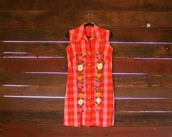 Vintage Plaid Shirt Dress Embroidered Toggle Pink Orange Medium Large 1960s