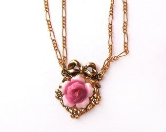 Little Avon Rose Cabochon and Gold Tone Chain Vintage Necklace - Pink Flower