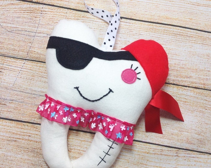 Hanging Tooth Pillow Girl Pirate, Tooth Fairy Pouch, 1st Lost Tooth, Small Tooth Fairy Pillow