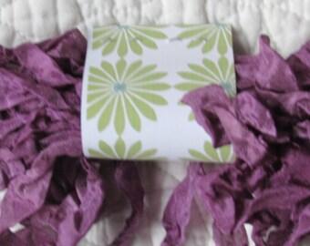 PRIMITIVE GRUNGY RIBBON - Grape Purple