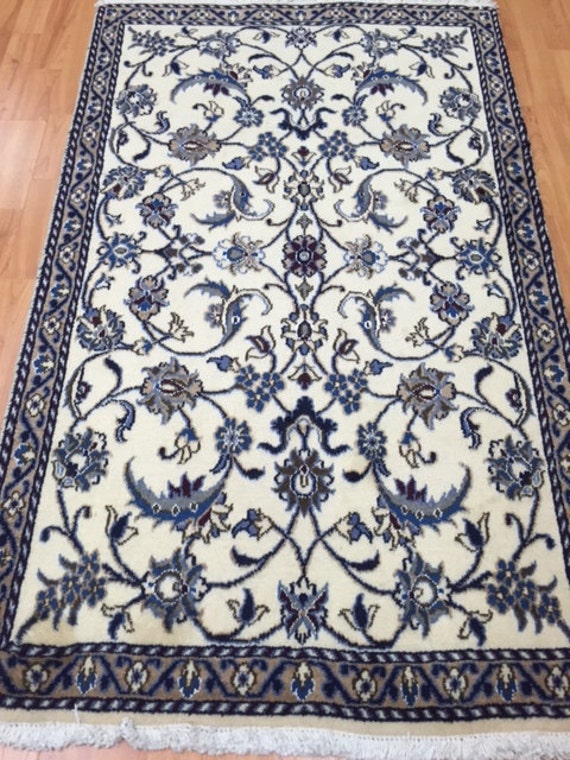 "2'9"" x 4'7"" Persian Nain Oriental Rug - Hand Made - Wool & Silk Pile"