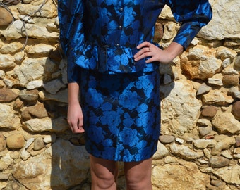 Vintage Ladies Blue Metallic Floral Skirt Suit