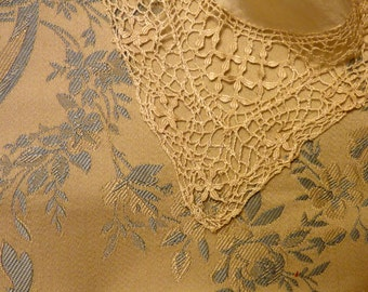 Antique lace hankie, silk center. 1910s.