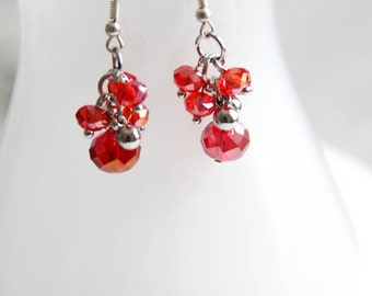 Earrings - Glass and metal Beads - red - facets - silver - dangle - cluster - woman - girl - BO093