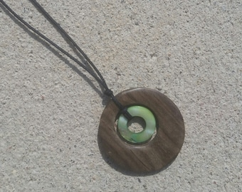 Nursing or Teething Necklace - Natural Graywood with Green Shell - FREE SHIPPING