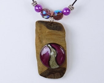 Mona - elegant necklace made of driftwood and enamel in violet and silberfarbend with purple beads