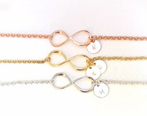 Infinity bracelet with initials, dainty infinity bracelet, silver infinity bracelet, eternity bracelet, infinity pendant, bridesmaid gift