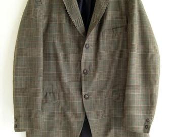 Late 1960's  plaid 3 button  Men's   jacket / sport coat / blazer