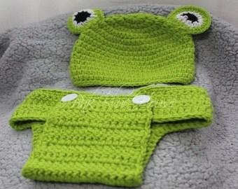 SALE! Newborn Baby Frog Crochet Set photo prop