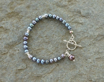 Freshwater pearl bracelet, Bali sterling silver beads, sterling silver bead caps, Bali sterling silver toggle clasp, gift for women, gift