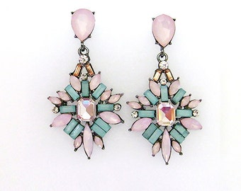 VanGarden DELPHINE Drop Earrings in Pink