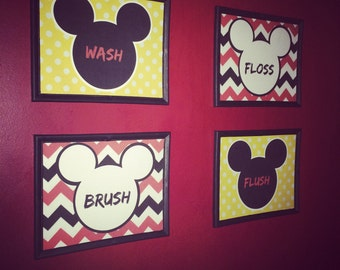 4 8x10 Mickey Bathroom Printables