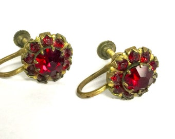 Gorgeous Vintage Ruby Red Screw Clamp Earrings