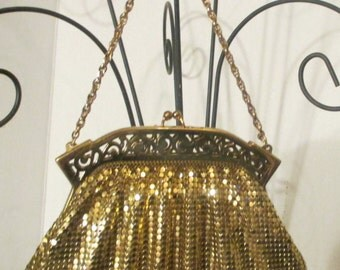 WHITING and  DAVIS Co. Gold Metallic  Mesh  Evening Bag ,Made in U.S.A, Beautiful Condition, Side Pocket w/ Mirror