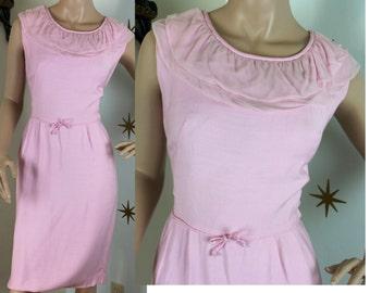 SALE! Vintage 1950s light pink gabardine chiffon dress medium 352