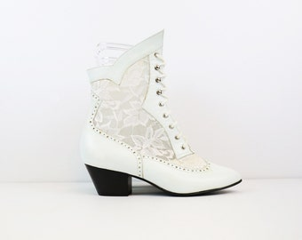 Vintage 80s White Leather & Lace Victorian Style Lace Up Roper Boots size 7