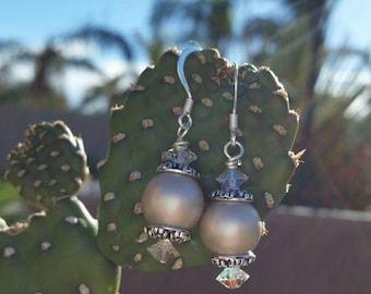 Glass pearl earrings 2