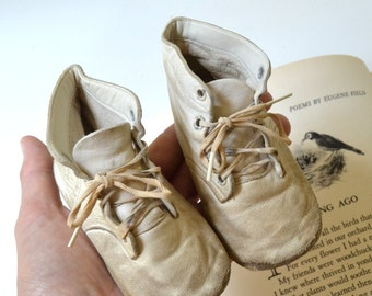 vintage white leather baby shoes vintage toddler shoes