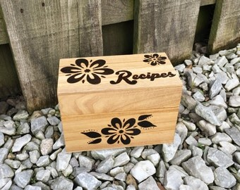 Wood burned recipe box (20 recipe cards included)