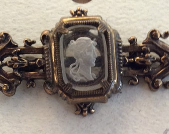 Glass Intaglia Cameo Brooch