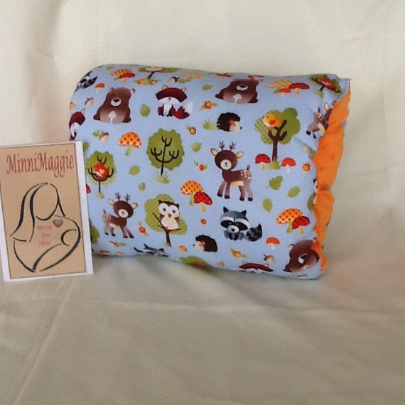 Animal Breastfeeding Pillow : Woodland arm nursing support pillow seamless by MinniMaggie