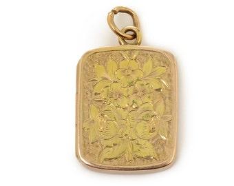 Yellow Gold Engraved Locket