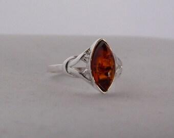 elegante zilveren ring met geslepen Baltische barnsteen #rbb6******FREE SHIPPING******