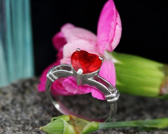 Red Heart Ring Sterling Silver  - Vintage Ring 925